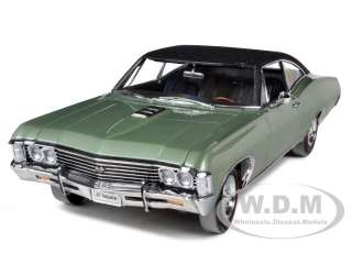 1967 CHEVROLET IMPALA SS 427 GREEN CHASE CAR WITH BLACK ROOF 1/18 BY