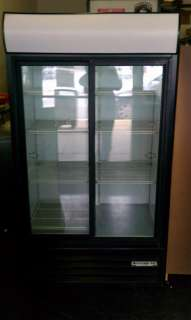 beverage air display merchandiser mt38