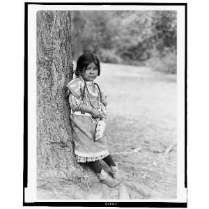 Photo Innocence, an Umatilla girl, full length portrait, standing by