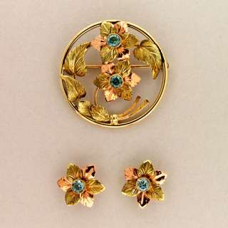 14K PINK AND GREEN HAND ENGRAVED GOLD 1935 BLUE ZIRCON PIN & EARRING