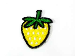FRUIT STRAWBERRY IRON ON PATCH EMBROIDERED I390