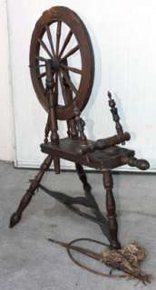 EARLY AMERICAN WOODEN SPINNING WHEEL OLD HOME SPUN YARN & SKEIN WINDER