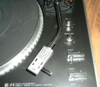 JVC QUARTZ LOCK QL F4 FULLY AUTOMATIC DIRECT DRIVE TURNTABLE