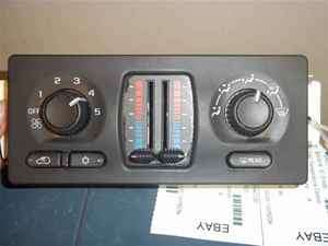 03 04 Chevy Trailblazer Heater AC Temp Climate Control