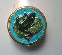 New Enamel & Gold Green Frog Pill Box Case Purse