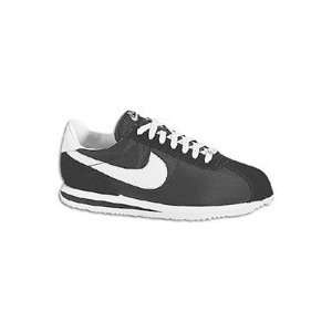 Bandana Fever : Nike Cortez Nylon (Black/White): Sports