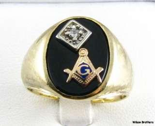 RING   10k Yellow Gold Onyx & Diamond Master Mason Solid Back
