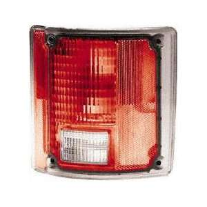 73 91 CHEVY CHEVROLET SUBURBAN TAIL LIGHT RH (PASSENGER SIDE) SUV, w/o