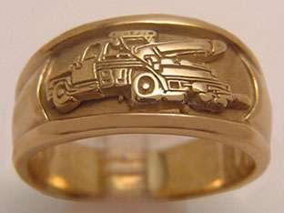 UNIQUE CUSTOM SOLID 10k GOLD TOW TRUCK WRECKER RING