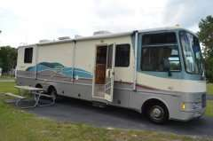 35LS Class A Motorhome RV Camper Coach in RVs & Campers   Motors