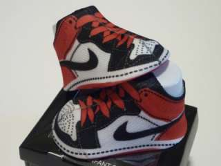 Nike Air Jordan Retro 1 Infant Booties Socks 0 6M RED/ WHITE
