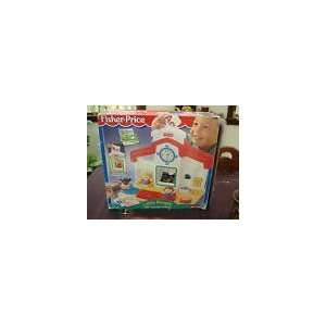 Fisher Price Little People Abc Surprise School House Toys & Games