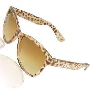 Como Lady Leopard Printed Plastic Frame Arc Arms Sunglasses: