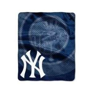 New York Yankees Super Plush Raschel Blanket Home & Kitchen