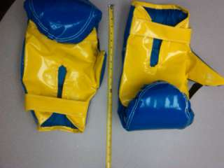 KIDS BOXING GLOVES FOR BOXING RING ARENA BOUNCE HOUSE