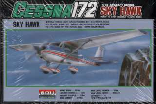 Cessna 172 Sky Hawk   ARII Model   Scale 1:72   NEW SEALED BOX