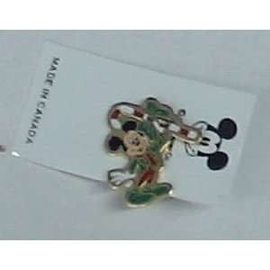 DISNEY MICKEY MOUSE WITH CANDY CANE ENAMEL PIN EP1