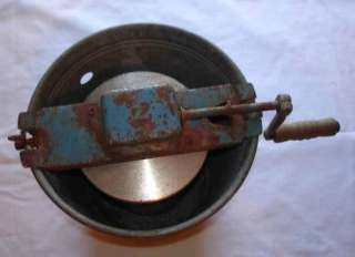 ANTIQUE VINTAGE JIFFY HAND CRANK ICE CREAM MAKER FREEZER